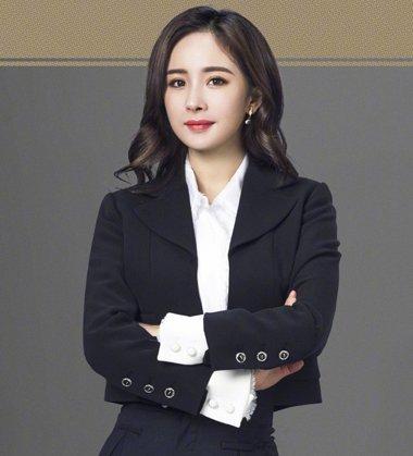 《谈判官》首发心声版海报 杨幂毛林林示范最新职场女士发型