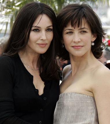 苏菲玛索和莫妮卡贝鲁奇发型 你更喜欢谁的呢