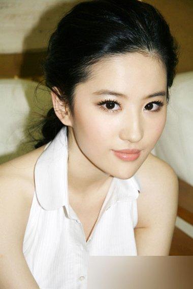 韩国节目曝刘亦菲怀孕 神仙姐姐的清纯发型打造