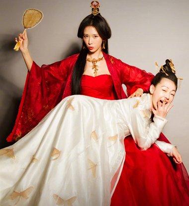 """""""吃吃的爱""""爆姐妹花剧照 小s林志玲不一样的美人发型"""