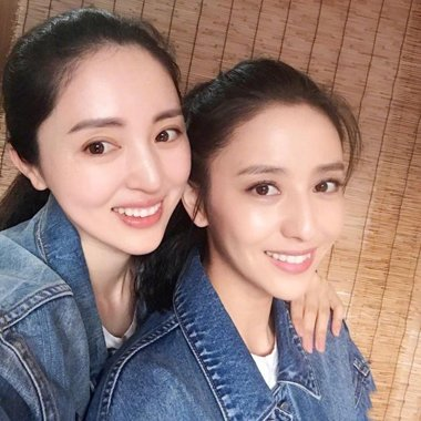 董璇佟丽娅好姐妹梳无刘海发型 简单潮流发原来这么弄