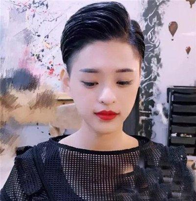 女生剃两边头发的发型_短发发型图片,2019最新流行女生男生短发发型_短发怎么扎好看