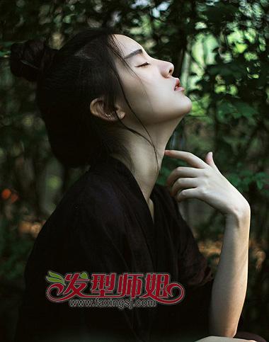 韩式道姑头扎法_韩式道姑头的扎法图解 道姑头扎法步骤图解(4)_发型师姐