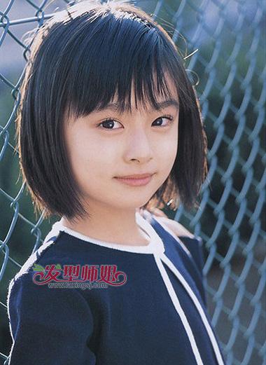 短发造型方法_儿童短发怎么梳 童花头与波波头哪款更适合小女孩_发型师姐
