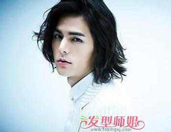 男人留长发_男生留长发过渡期发型 男生中长发发型图片_发型师姐