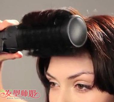 怎样将头发烫出丰富的层次感