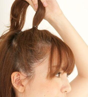 好看的凌乱包包发型扎法步骤 包包头扎发图解