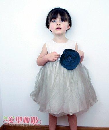 小孩子蘑菇头如何换发型 小女孩蘑菇头发型图片