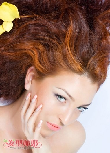 脸方适合染什么颜色的头发 方脸染发颜色