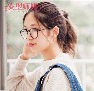 学生刘海中分怎样扎起来 中分刘海扎马尾图片