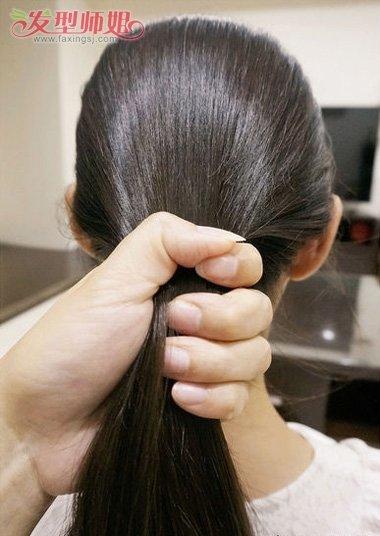 小女孩中长发发型扎法 小女孩的发型扎法步骤