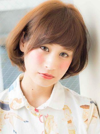 女生不等式短头发怎么打理_女人40岁是国字型脸短头发而且少适合烫什么发型(3)_发型师姐