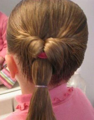 长头发简单扎法图解_儿童简单长发型扎法步骤 10岁儿童演出发型扎法(2)_发型师姐