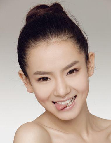女生不等式短头发怎么打理_无刘海长直发可以梳哪些发型 女生无刘海长直发怎样扎(4)_发型师姐