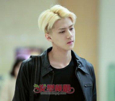 男人染什么白色头发好看 男生染白色头发