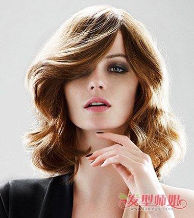 大方脸头发硬多蓬松适合什么短发 大方脸女生短发发型