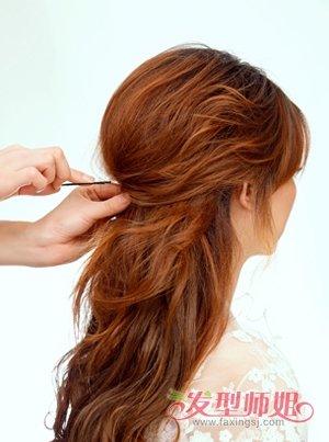 中分卷发发型扎法 中分卷发发型图片图片