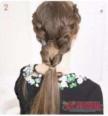 中分长头发怎么扎好看又方便 长头发的简单扎法步骤