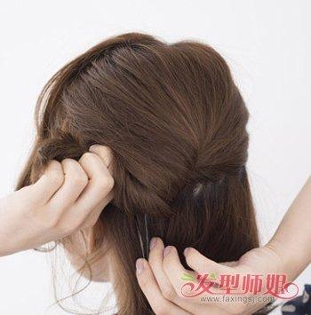 短发怎么窝丸子头 短发蓬松盘丸子头步骤
