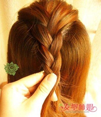 适合学生的中长发马尾辫扎法 中长发女生如何扎马尾辫