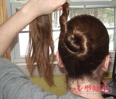 用一根簪子挽头发 用簪子挽头发的方法图解