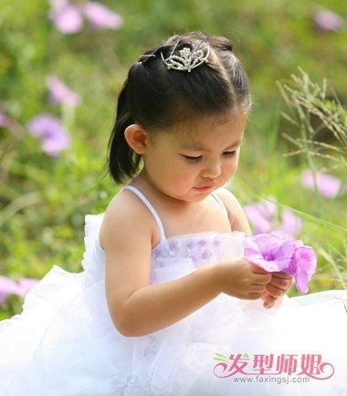可爱小女孩头发扎法 怎样给宝宝扎可爱头发