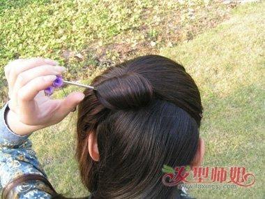 韩国盘发技巧_古代发鬓简单盘法 高高的发鬓怎么梳(2)_发型师姐