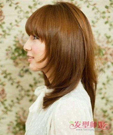 女生头发前面翘起来怎么梳 把翘起的头发用吹风机吹直-轻博客