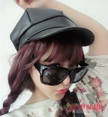 圆脸戴鸭舌帽怎么扎头发 长发女生怎么戴鸭舌帽好看