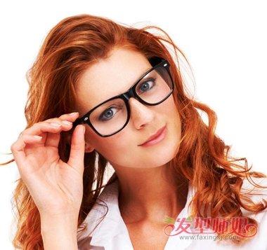 男人的粗黑硬_头质硬戴眼镜的女生适合剪什么发型 女士头发粗硬发型(3)_发型师姐