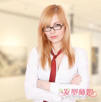 黑框圆眼镜配什么发型合适 女生黑框眼镜搭配什么发型