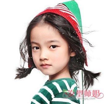 教你给短发大童梳头发方法 女大童应扎怎样的发型
