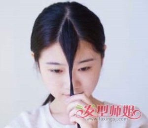 刘海怎么剪出层次感 韩国拇指法剪刘海图解