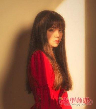 高个女人的发型怎么设计 21岁高个女生适合什么发型