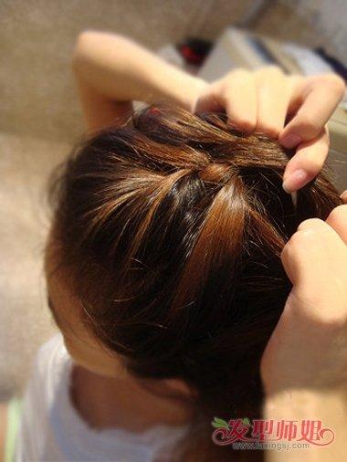 编辫子蝎子头的方法 蝎子辫是什么样子的