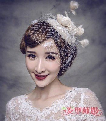 小礼帽发饰怎样搭配发型 女生各种发饰发型设计