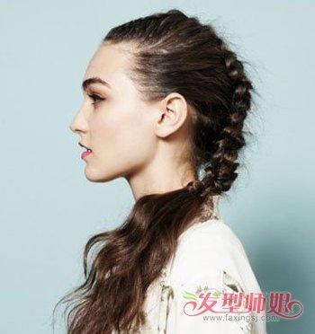 刘海鱼骨辫怎么编_蜈蚣辫与鱼骨辫方法是一样的吗 头顶蜈蚣辫怎么编(2)_发型师姐