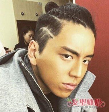 男生扎辫子两鬓剃掉的发型 男生扎辫子的过渡期