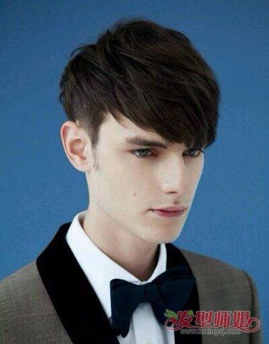 [男士短发染什么色好看]男士好看的短发秃鬓角发型 秃鬓角男士合适发型
