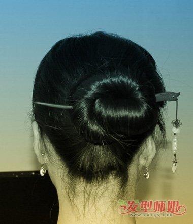 道士发髻盘法图解 插簪有几种造型