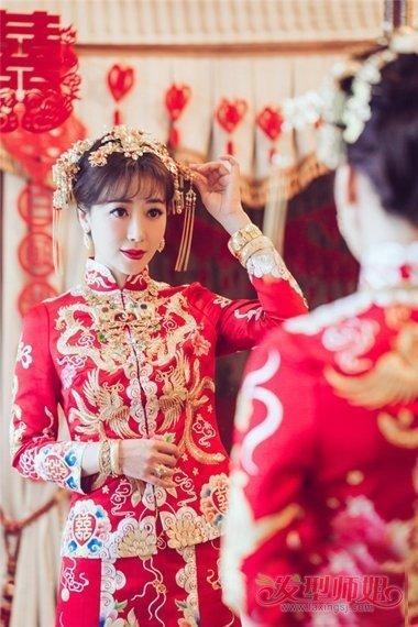 陈紫函秀禾发型教程 新娘秀禾发型图解