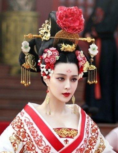 武媚娘传奇里的高椎髻发型 范冰冰高椎髻发型图片欣赏