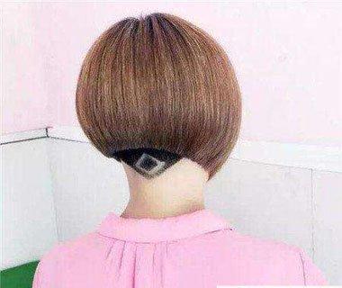 头发抛空是什么意思 中学生抛空头发型图片