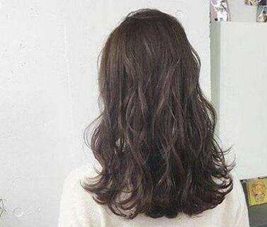 s烫发卷发型中长发教程 s烫发型图片