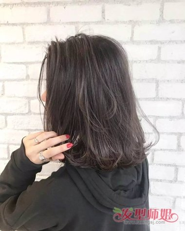 黑茶发色是什么样颜色 哪些肤色适合这种色彩