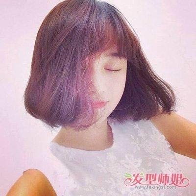 【瘦脸动作女】瘦脸女生修剪卡哇伊短发造型 酒红色头发适合白肌肤的人