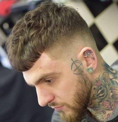 男士板寸理发教程 两边剃光的板寸发型
