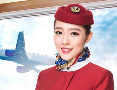 盘发配制服打造空姐优雅气质形象 空姐气质职业盘发造型欣赏