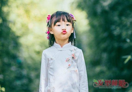 小女孩拍古装照扎头发假发不是必须 小女孩简约清新古装扎发发型