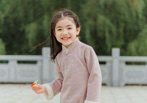 2019儿童梳头发型即简单5种 5岁以下女孩可爱漂亮扎发发型-轻博客